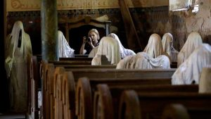 Penampakan Hantu di Dalam Gereja